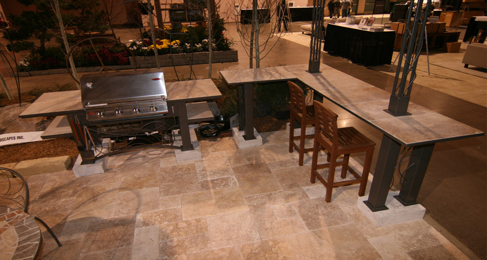 2010 Midwest Home Best Booth Award Custom Grilling Area