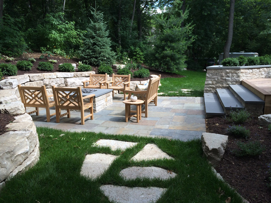 Minnetonka, MN Patio with Bluestone