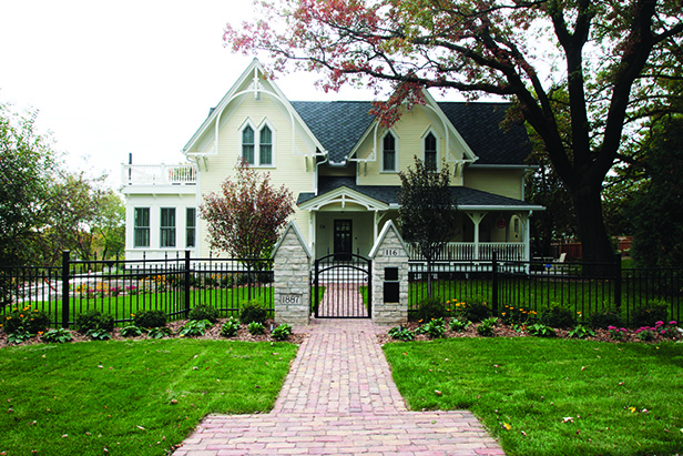 Historic Stillwater Minnesota Remodel Landscaping_Front Entry