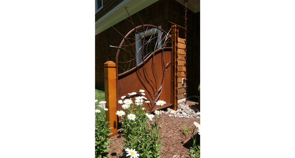 Custom Metal Trellis and Screen