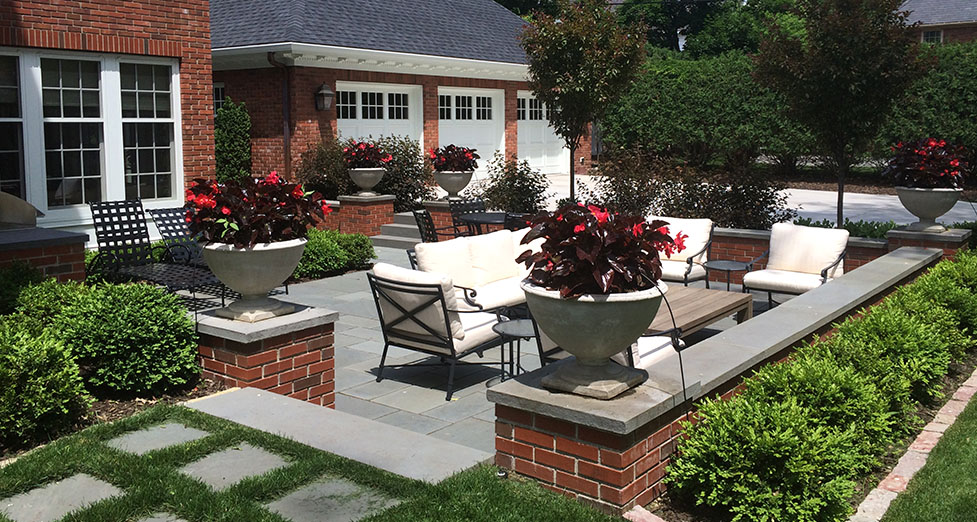Edina Minnesota Entertaing Space Was Redesigned With A Sunken Bluestone  Patio Surrounded By Mortared Brick Retaining
