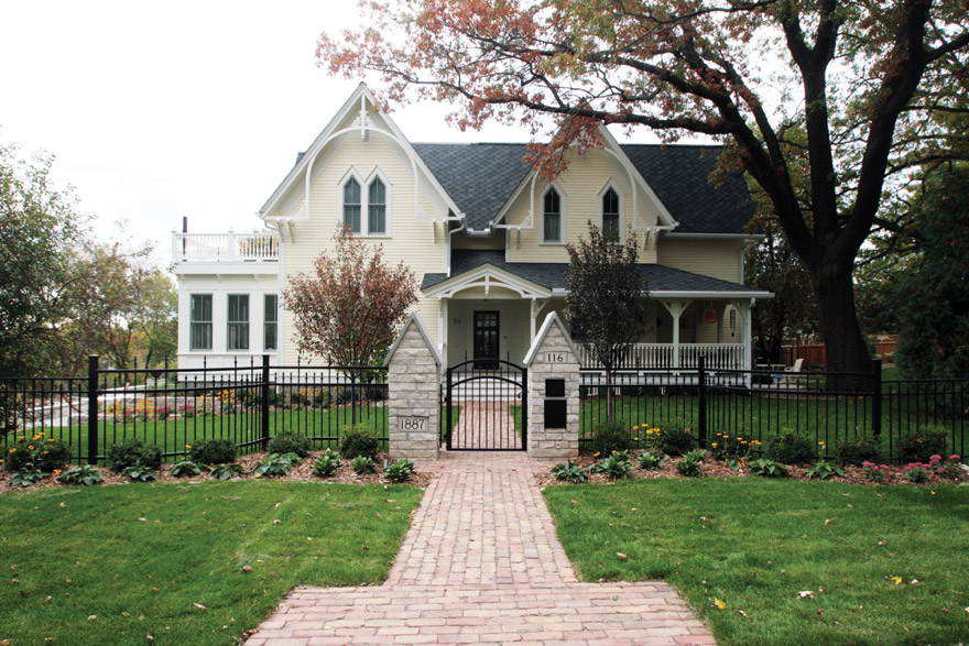 Clay Street Pavers for the Walkway at this Stillwater, MN Home