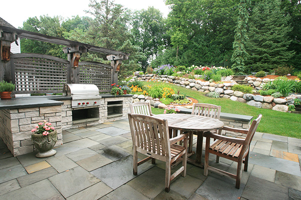 Yardscapes Limestone Outdoor Kitchen Bloomington Minnesota