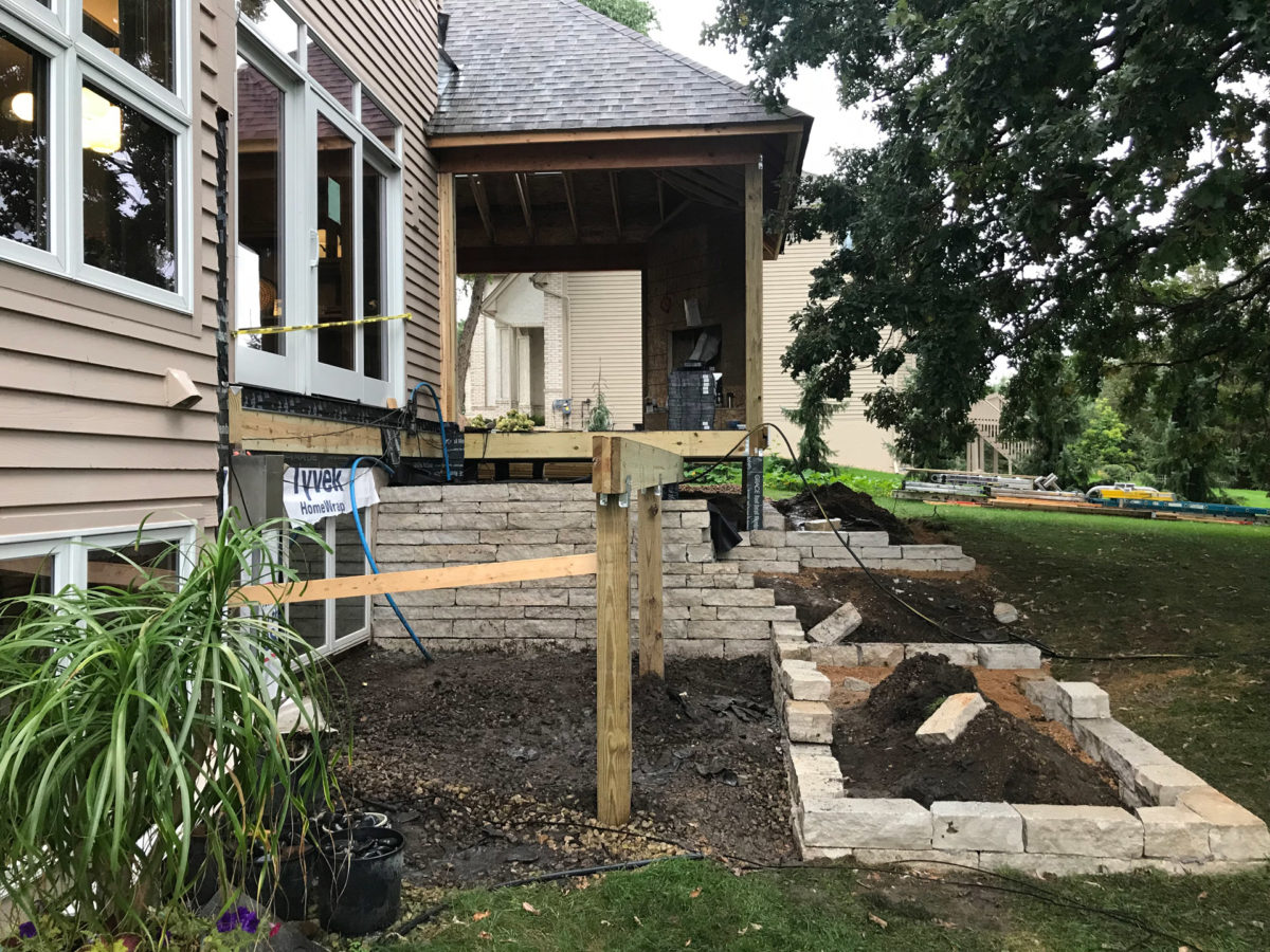 Retaining Wall Construction and Landscaping in Eden Prairie