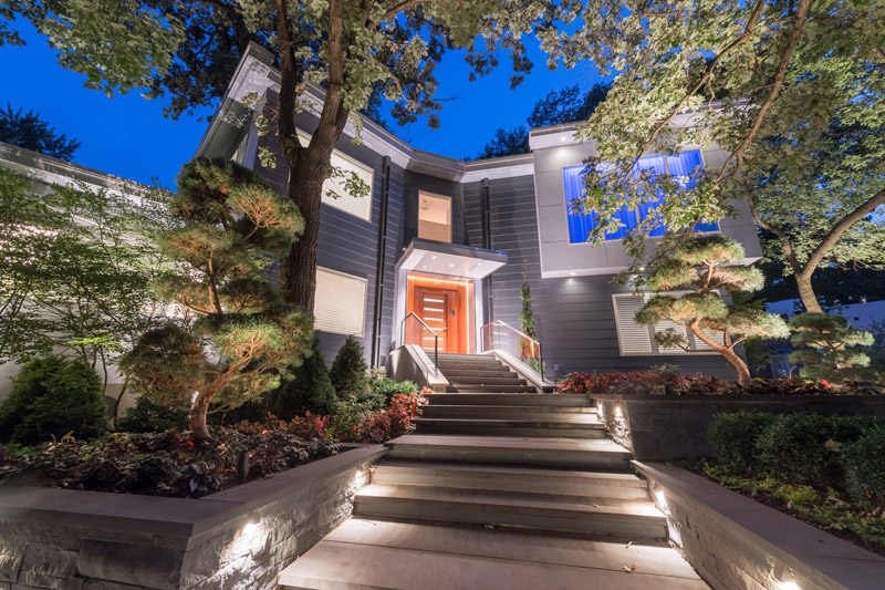 Modern Front Entry in Golden Valley After Landscaping