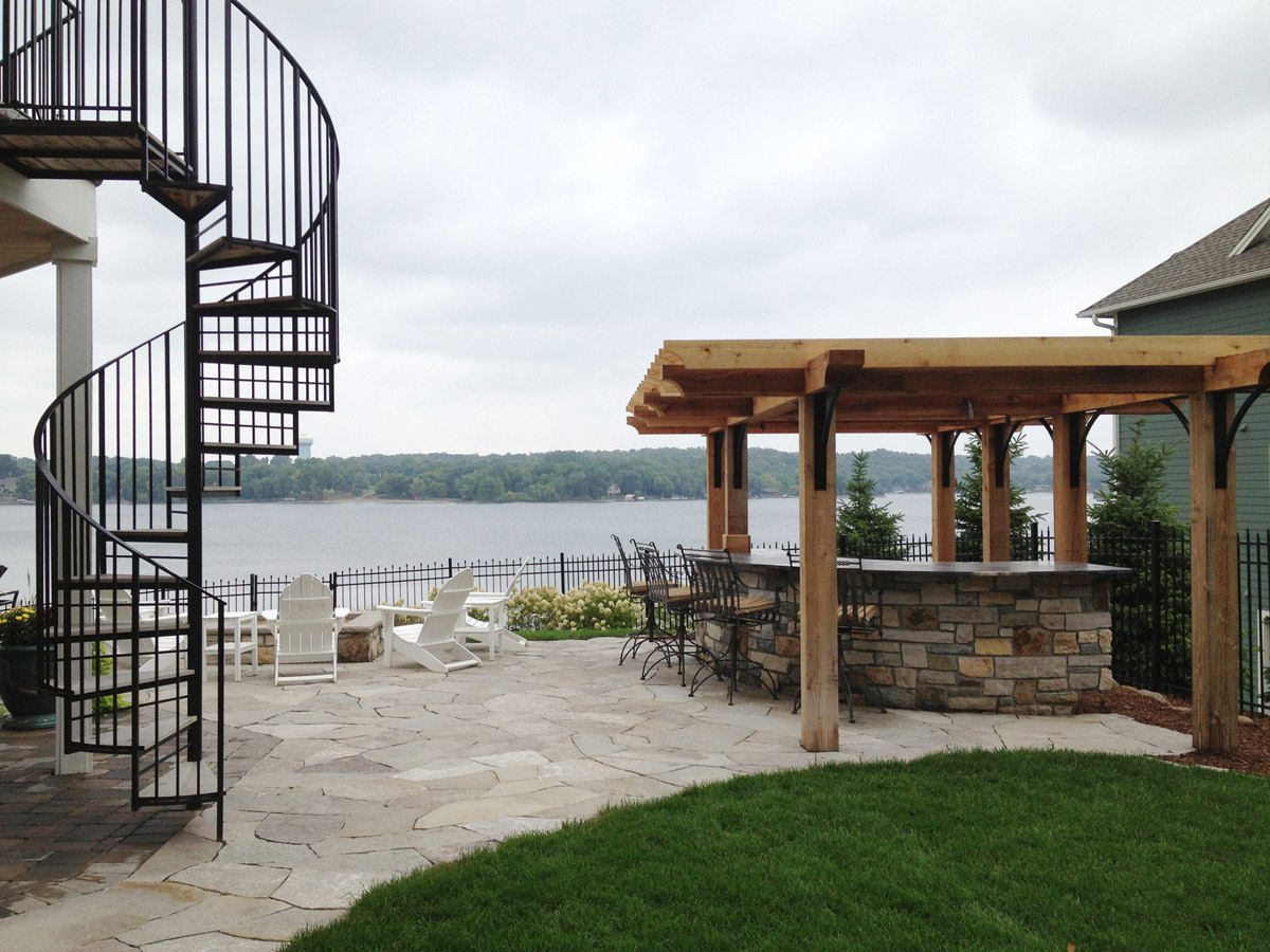 Outdoor Kitchen and Bar in Prior Lake, MN